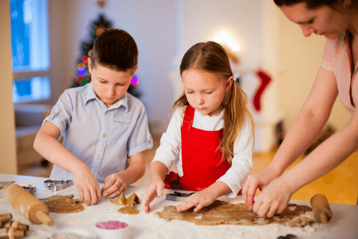 12 Easy Christmas Treats That Your Kids Can Actually Make